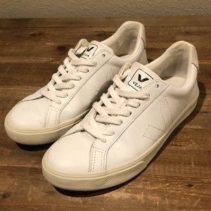 Veja Esplar Sneakers - Size 6